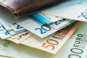 оформить кредит 2000 евро